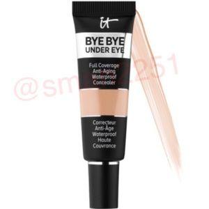 3️⃣ for $25!💛IT Cosmetics Bye Bye Under Eye NEW!